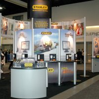 20x30 Island Exhibit designed by Vision Exhibits